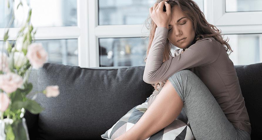 Симптомы и лечение ПМС: как предупредить и облегчить предменструальный синдром без лекарств